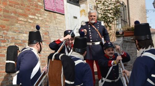 Il Generale Garibaldi e il Colonnello Luciano Manara elogiarono il Reggimento Unione ( f.2 )